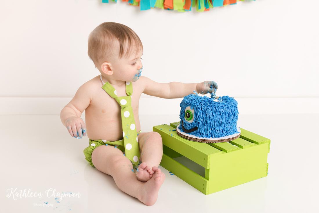 monster theme cake smash session potsdam ny family photographer