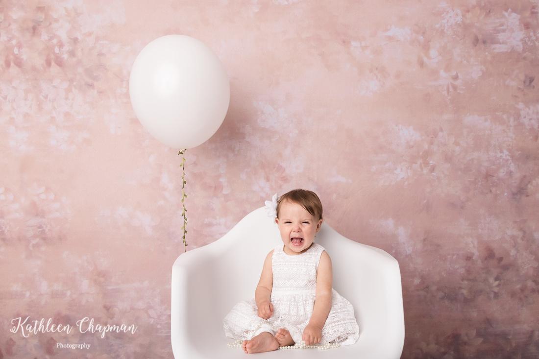 birthday girl with balloon | potsdam ny family photographer