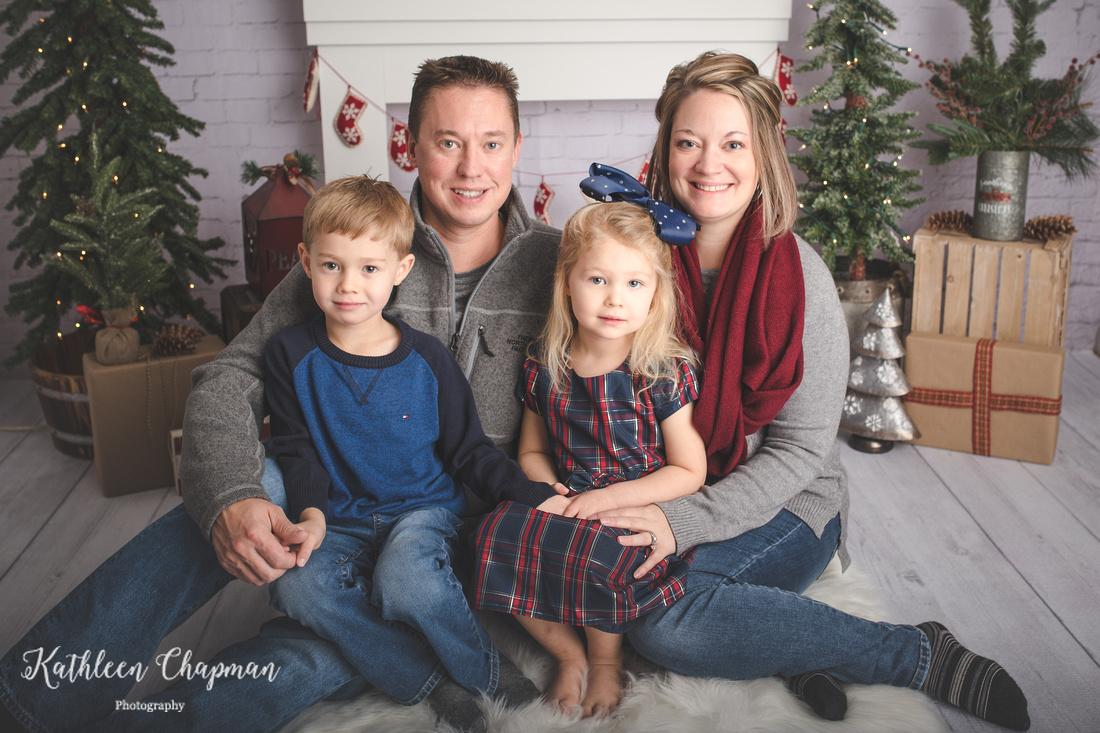 Family holiday mini session | Malone NY family photographer