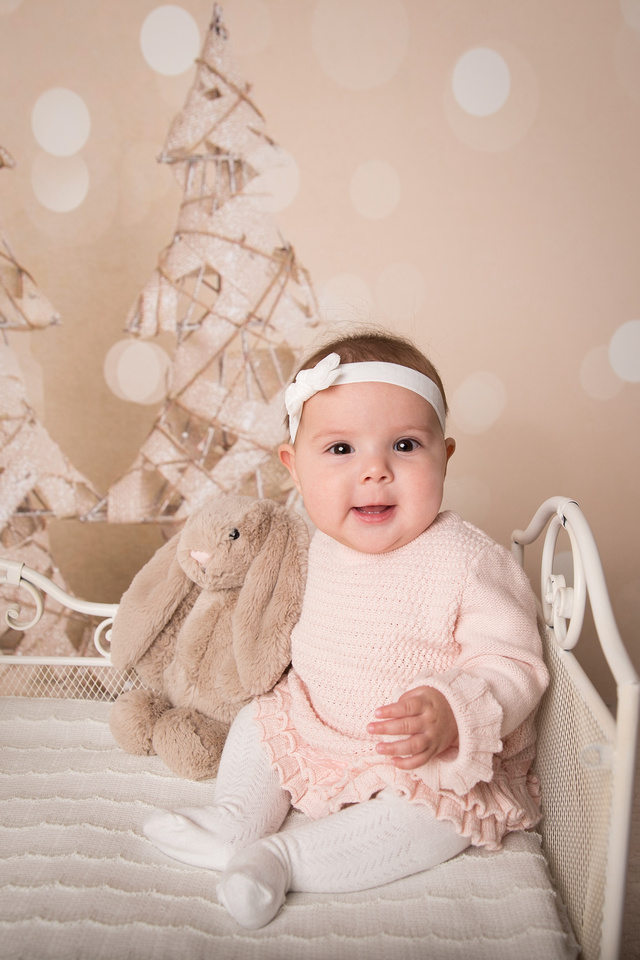 5 month old baby girl christmas portrait dickinson center ny child photographer