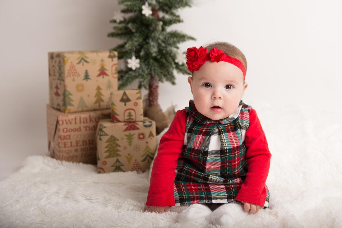 baby girl christmas portrait potsdam ny child photographer