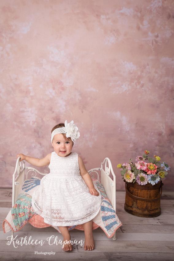 birthday girl in white dress   dickinson center family photographer